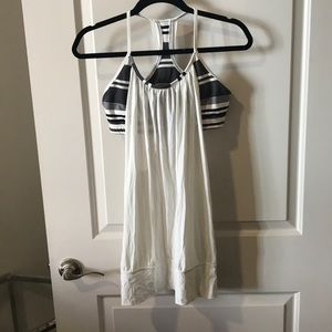 Lululemon tank and bra, great condition, so 10